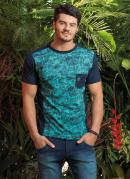 Camiseta com Estampa Frontal Verde e Marinho