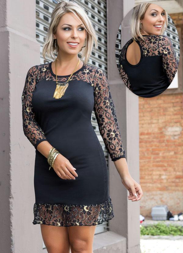 Vestido preto com detalhe de renda